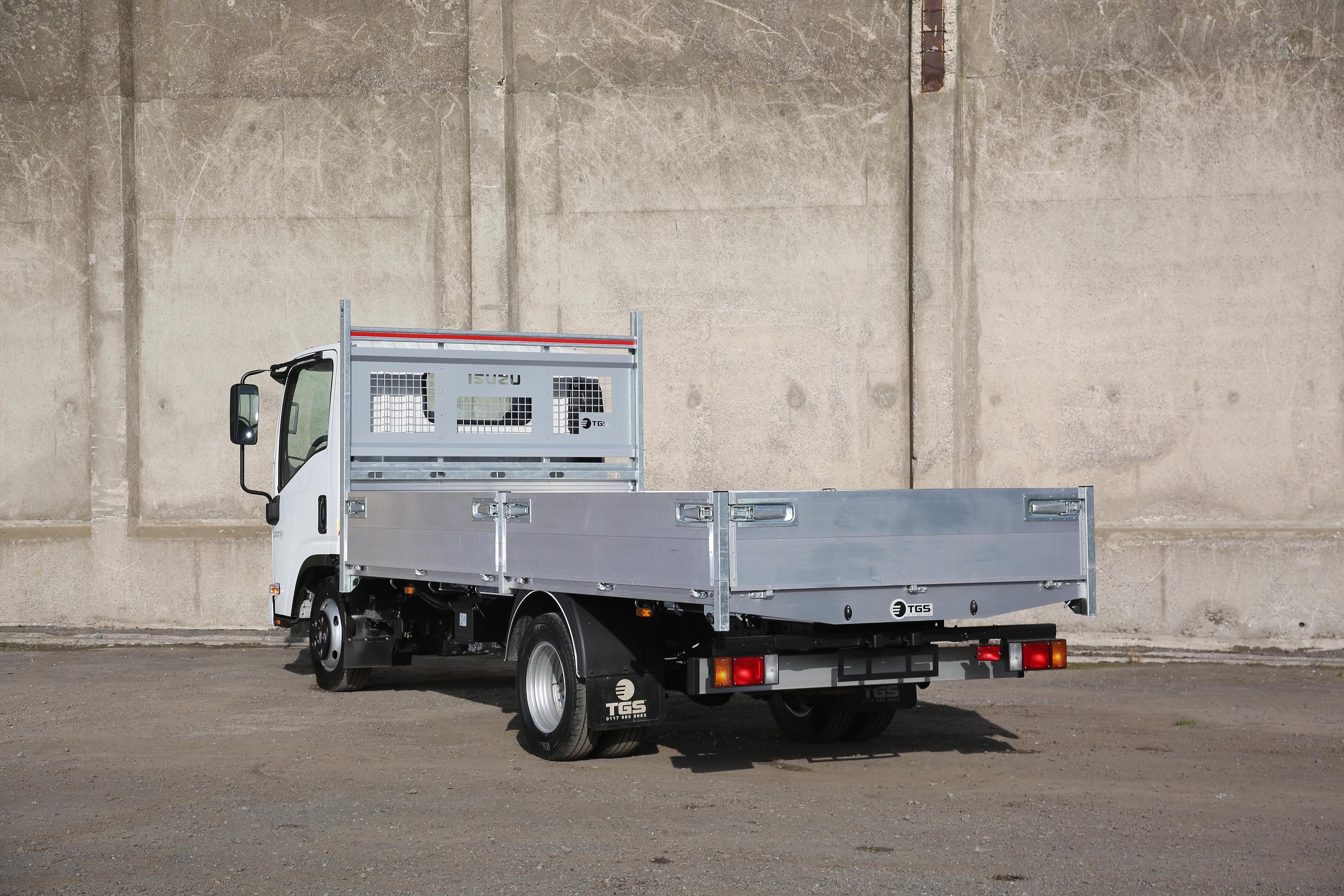Isuzu truck N35.125 twin rear wheel TGS tipper