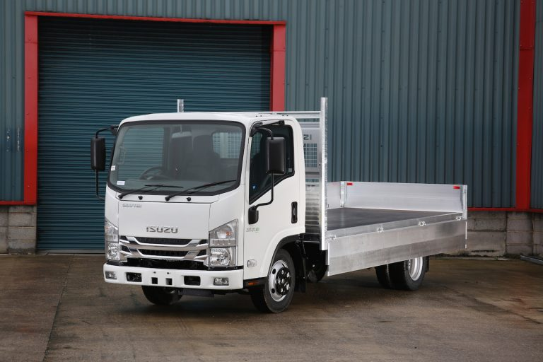 An image of an Isuzu N35.125(T) Dropside