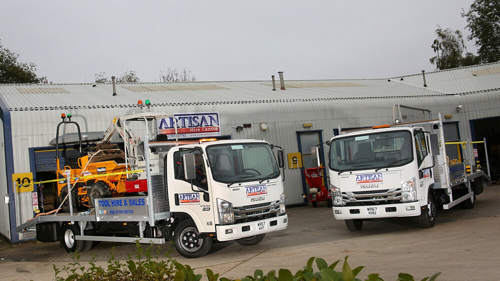 7.5 tonne Isuzu truck Artisan Hire