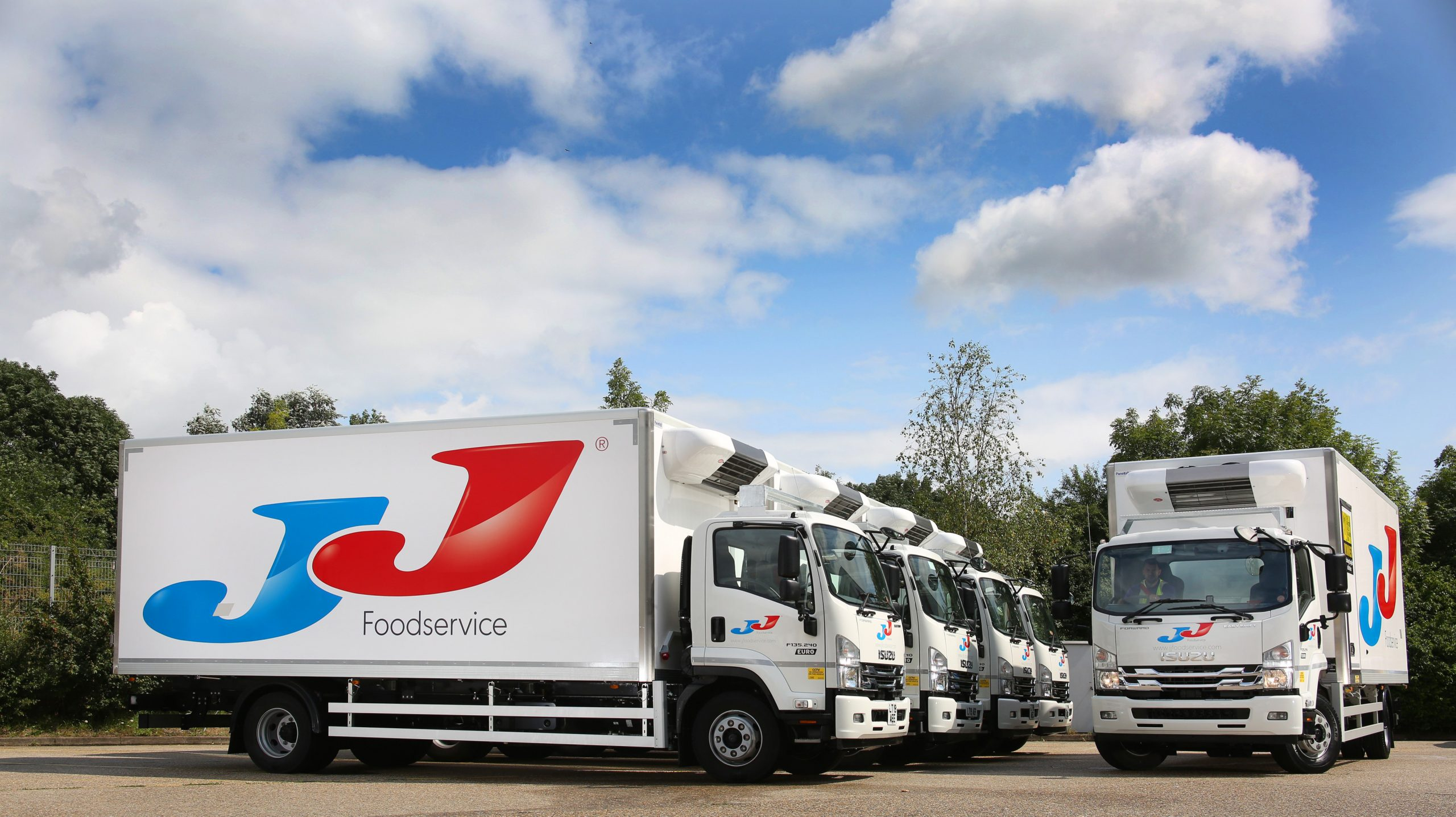 Another 50 Isuzu 13.5 tonners join JJ Foodservice fleet with 20 more to follow