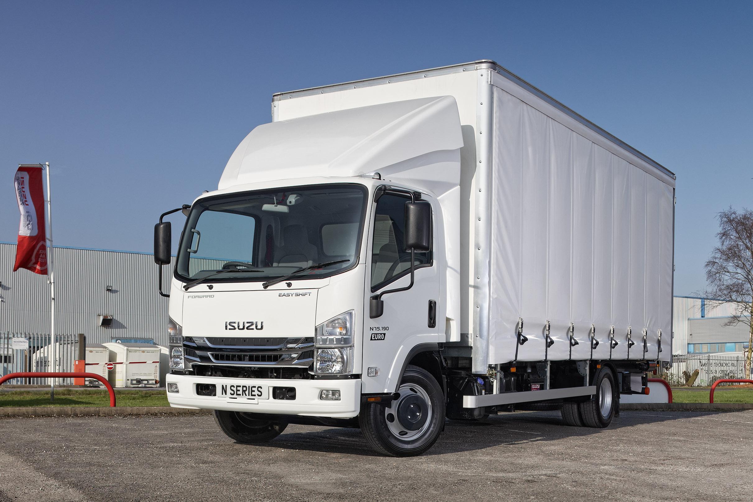 7.5 tonne Curtainsider Truck from Isuzu